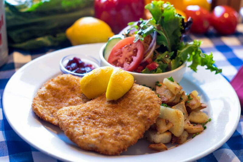 Vancouver Alpen Club · German Restaurant · Deutsches Haus · Food · Schnitzel Vienna